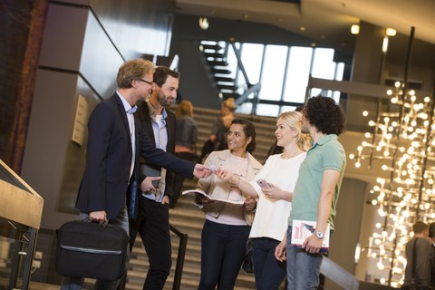 alumni and students during networking